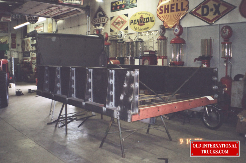 "Box being rebuilt <div class=""download-image""><a href=""https://oldinternationaltrucks.com/wp-content/uploads/2017/09/00920007.jpg"" download><i class=""fa fa-download""></i> <span class=""full-size""></span></a></div>"