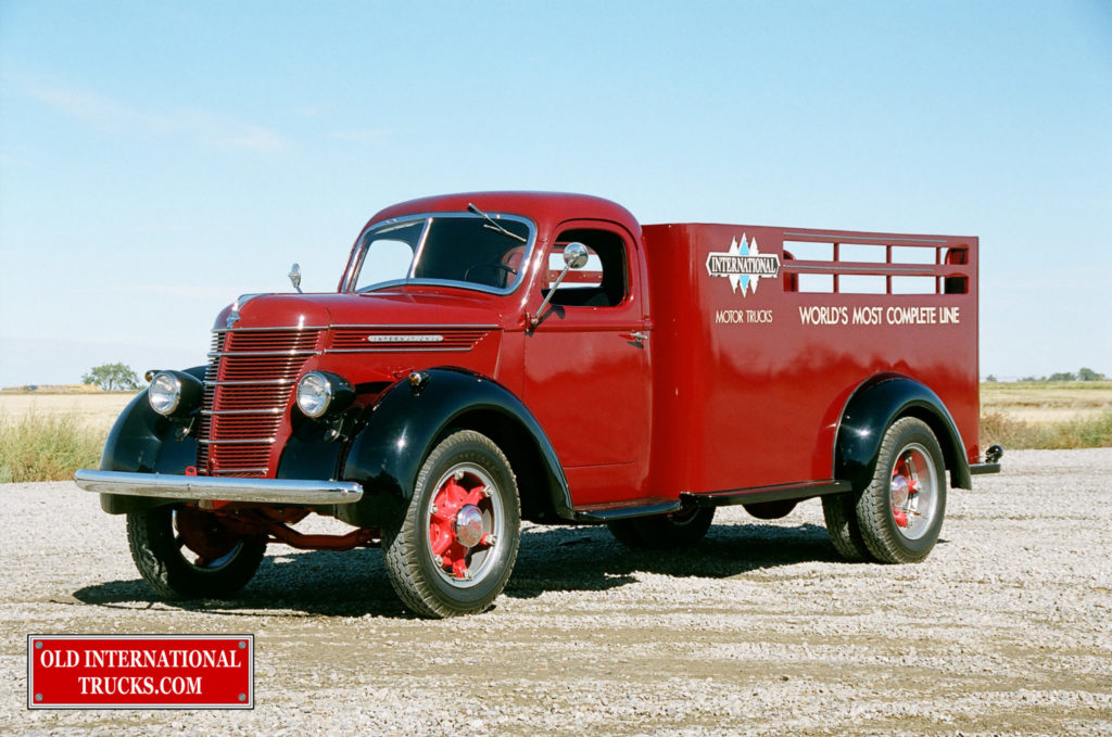 "1937 D-30 with International logos  <div class=""download-image""><a href=""https://oldinternationaltrucks.com/wp-content/uploads/2017/09/00970001.jpg"" download><i class=""fa fa-download""></i> <span class=""full-size""></span></a></div>"