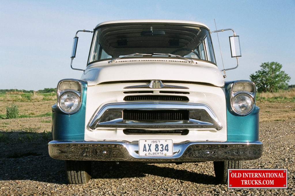 "1958 A100 TRAVELALL FRONT END <div class=""download-image""><a href=""https://oldinternationaltrucks.com/wp-content/uploads/2017/09/00980003.jpg"" download><i class=""fa fa-download""></i> <span class=""full-size""></span></a></div>"