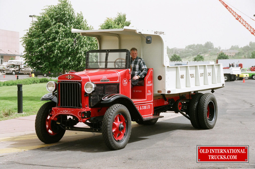 "Ron Carey driving the HS-104-C at an ATHS show  <div class=""download-image""><a href=""https://oldinternationaltrucks.com/wp-content/uploads/2017/09/01180012.jpg"" download><i class=""fa fa-download""></i> <span class=""full-size""></span></a></div>"
