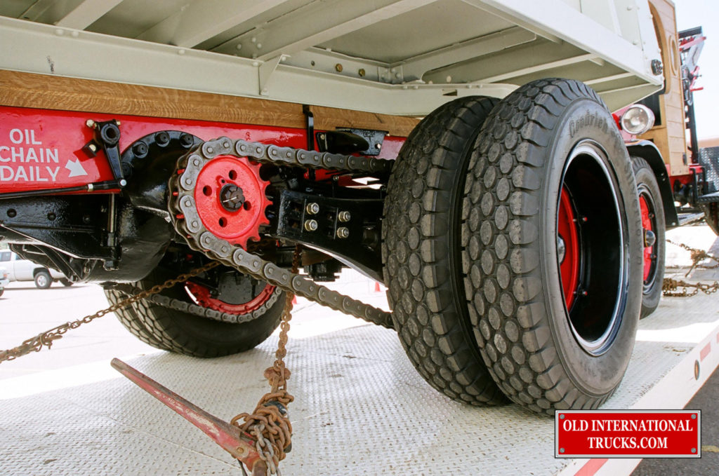 "Rear axle chain drive set up and 24 inch wheels and tires <div class=""download-image""><a href=""https://oldinternationaltrucks.com/wp-content/uploads/2017/09/01300021.jpg"" download><i class=""fa fa-download""></i> <span class=""full-size""></span></a></div>"