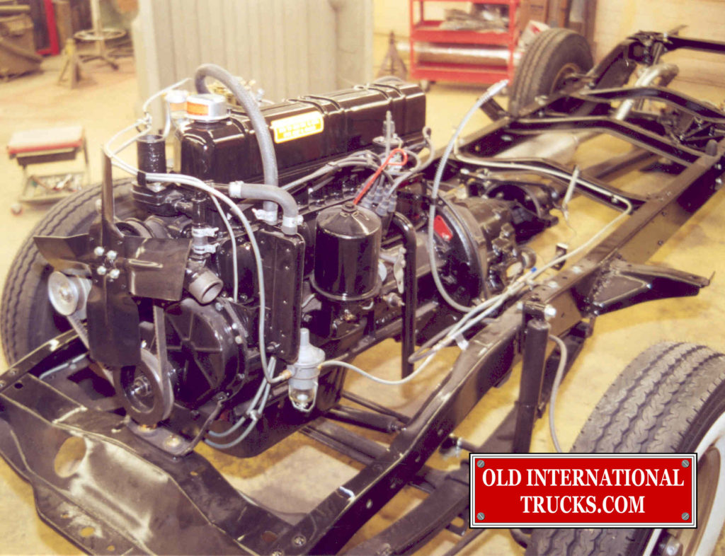"ENGINE PIPING AND COMPONITS INSTALLED <div class=""download-image""><a href=""https://oldinternationaltrucks.com/wp-content/uploads/2017/09/187.jpg"" download><i class=""fa fa-download""></i> <span class=""full-size""></span></a></div>"