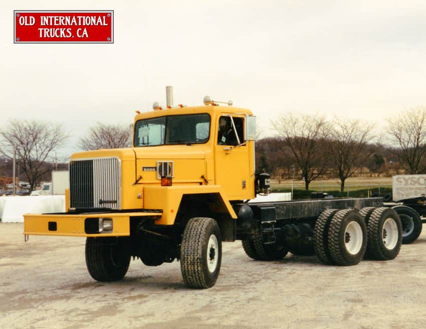 "1996 International PayStar 5000 4x4 all wheel drive at Chatham, Ont. plant. <div class=""download-image""><a href=""https://oldinternationaltrucks.com/wp-content/uploads/2017/09/1995-International-PayStar-5000-6x6-all-wheel-drive..jpeg"" download><i class=""fa fa-download""></i> <span class=""full-size""></span></a></div>"