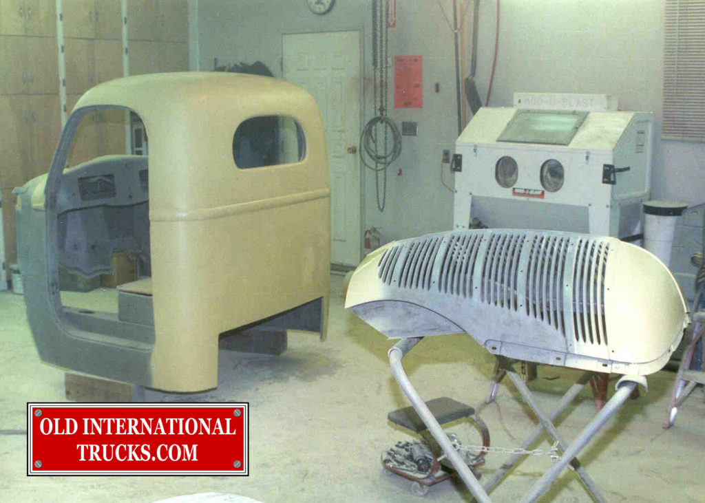 "Cab and grill in primer. <div class=""download-image""><a href=""https://oldinternationaltrucks.com/wp-content/uploads/2017/09/35.jpg"" download><i class=""fa fa-download""></i> <span class=""full-size""></span></a></div>"