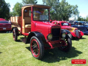 "1923 Model S at local car show <div class=""download-image""><a href=""https://oldinternationaltrucks.com/wp-content/uploads/2017/09/5909948907_8a3a1f320f_o.jpg"" download><i class=""fa fa-download""></i> <span class=""full-size""></span></a></div>"