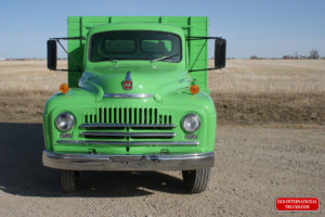 "FRONT END 1951 L 160 <div class=""download-image""><a href=""https://oldinternationaltrucks.com/wp-content/uploads/2017/09/DSC03423-1.jpg"" download><i class=""fa fa-download""></i> <span class=""full-size""></span></a></div>"