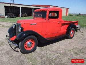 "1936 C-1 half ton short box pick up <div class=""download-image""><a href=""https://oldinternationaltrucks.com/wp-content/uploads/2017/09/DSCF0147.jpg"" download><i class=""fa fa-download""></i> <span class=""full-size""></span></a></div>"