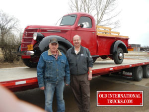 "George Kirkham buying the 1940 D-15 pickup in milk river <div class=""download-image""><a href=""https://oldinternationaltrucks.com/wp-content/uploads/2017/09/DSCN0545.jpg"" download><i class=""fa fa-download""></i> <span class=""full-size""></span></a></div>"