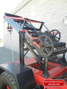 "Manley wrecker with two hand crank chains. <div class=""download-image""><a href=""https://oldinternationaltrucks.com/wp-content/uploads/2017/09/DSCN3966.jpg"" download><i class=""fa fa-download""></i> <span class=""full-size""></span></a></div>"