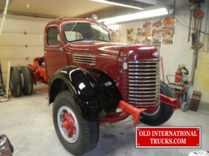 "Right fender mounted <div class=""download-image""><a href=""https://oldinternationaltrucks.com/wp-content/uploads/2017/09/DSCN5199.jpg"" download><i class=""fa fa-download""></i> <span class=""full-size""></span></a></div>"