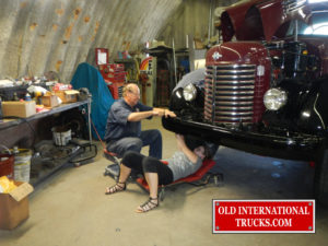 "George and Shelby mounting bumper  <div class=""download-image""><a href=""https://oldinternationaltrucks.com/wp-content/uploads/2017/09/DSCN5570.jpg"" download><i class=""fa fa-download""></i> <span class=""full-size""></span></a></div>"