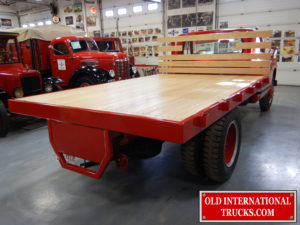 "Oak stake deck installed <div class=""download-image""><a href=""https://oldinternationaltrucks.com/wp-content/uploads/2017/09/DSCN7384.jpg"" download><i class=""fa fa-download""></i> <span class=""full-size""></span></a></div>"