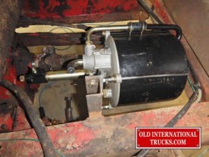 "New brake booster installed <div class=""download-image""><a href=""https://oldinternationaltrucks.com/wp-content/uploads/2017/09/FSCN9362.jpg"" download><i class=""fa fa-download""></i> <span class=""full-size""></span></a></div>"