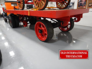"<div class=""download-image""><a href=""https://oldinternationaltrucks.com/wp-content/uploads/2017/10/1920-fruehaulf-solid-rubber-tires.jpg"" download><i class=""fa fa-download""></i> <span class=""full-size""></span></a></div>"