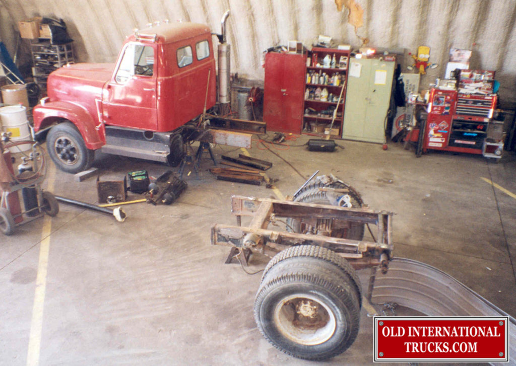 """THEY HAD AT SOME TIME BUT A TANDEM AIR RIDE REAR AXLE, SO WE PUT IT BACK TO A SINGLE REAR AXLE. <div class=""""download-image""""><a href=""""https://oldinternationaltrucks.com/wp-content/uploads/2017/11/13.jpg"""" download><i class=""""fa fa-download""""></i> <span class=""""full-size""""></span></a></div>"""