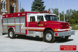 """1994 4900 E-ONE RESCUE <div class=""""download-image""""><a href=""""https://oldinternationaltrucks.com/wp-content/uploads/2017/11/1994-4900-E-ONE-RESCUE.jpg"""" download><i class=""""fa fa-download""""></i> <span class=""""full-size""""></span></a></div>"""