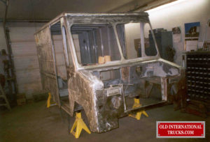 "BODY PAINT ALL SANDED OFF <div class=""download-image""><a href=""https://oldinternationaltrucks.com/wp-content/uploads/2017/11/35.jpg"" download><i class=""fa fa-download""></i> <span class=""full-size""></span></a></div>"