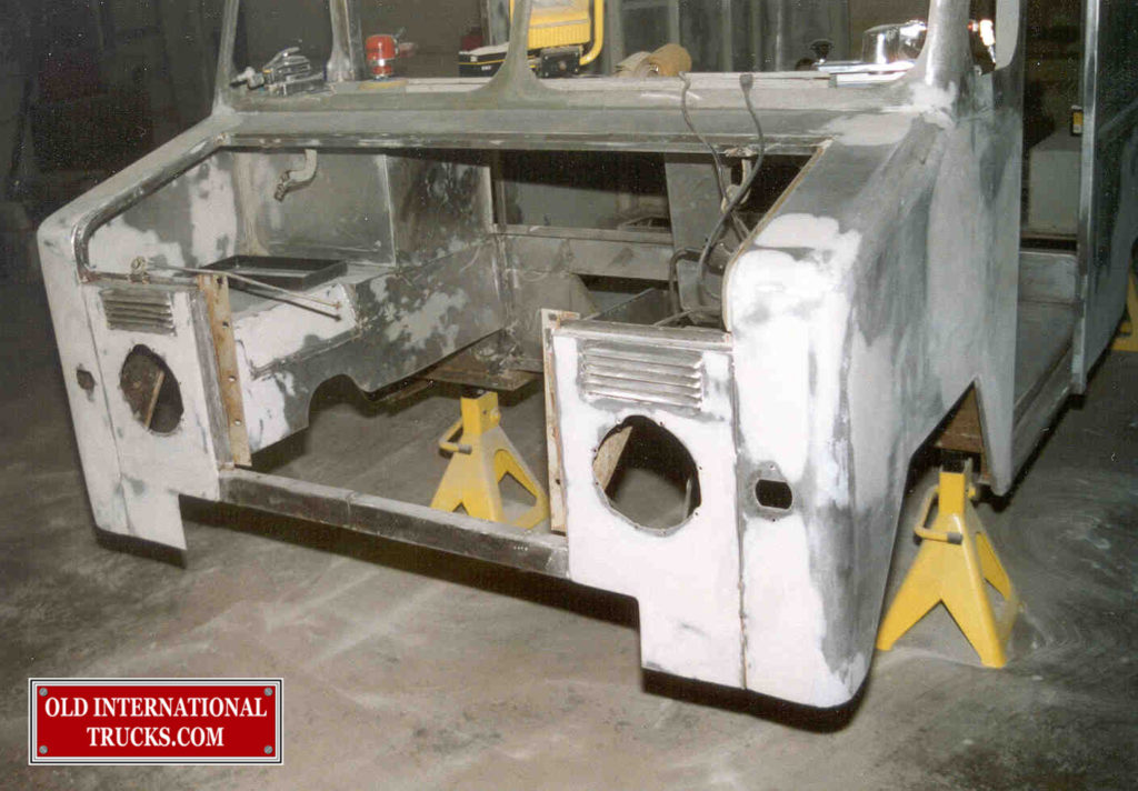 """FRONT END READY FOR SOME PRIMER <div class=""""download-image""""><a href=""""https://oldinternationaltrucks.com/wp-content/uploads/2017/11/49.jpg"""" download><i class=""""fa fa-download""""></i> <span class=""""full-size""""></span></a></div>"""