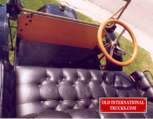"""Right hand drive <div class=""""download-image""""><a href=""""https://oldinternationaltrucks.com/wp-content/uploads/2017/11/52.jpg"""" download><i class=""""fa fa-download""""></i> <span class=""""full-size""""></span></a></div>"""