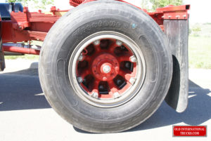 "Rear wheels and hub  <div class=""download-image""><a href=""https://oldinternationaltrucks.com/wp-content/uploads/2017/11/DSC00051.jpg"" download><i class=""fa fa-download""></i> <span class=""full-size""></span></a></div>"