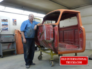 "George with the 1500D cab all stripped out <div class=""download-image""><a href=""https://oldinternationaltrucks.com/wp-content/uploads/2017/11/DSCN7222.jpg"" download><i class=""fa fa-download""></i> <span class=""full-size""></span></a></div>"