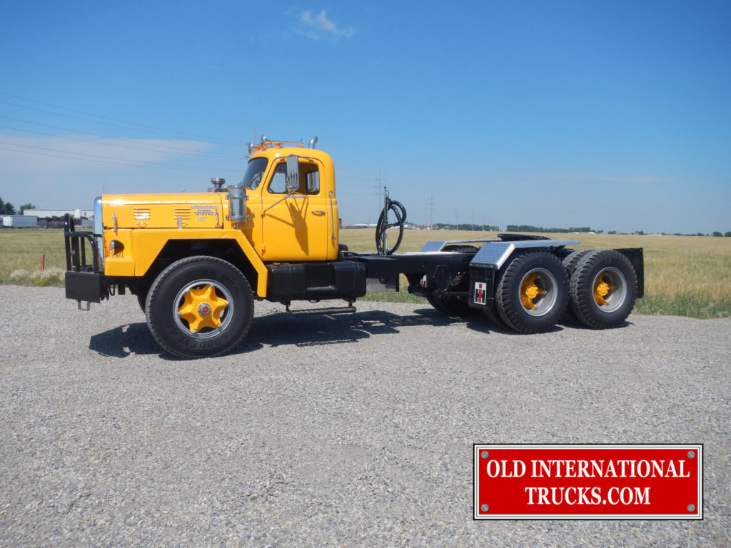 """15000 LBS FRONT AXLE AND 50000 LBS DOULE REDUCTION REAR AXLES <div class=""""download-image""""><a href=""""https://oldinternationaltrucks.com/wp-content/uploads/2017/11/DSCN8699.jpg"""" download><i class=""""fa fa-download""""></i> <span class=""""full-size""""></span></a></div>"""