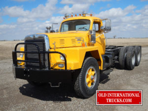 "1959 RDF230-H INTERNATIONAL <div class=""download-image""><a href=""https://oldinternationaltrucks.com/wp-content/uploads/2017/11/DSCN9690.jpg"" download><i class=""fa fa-download""></i> <span class=""full-size""></span></a></div>"