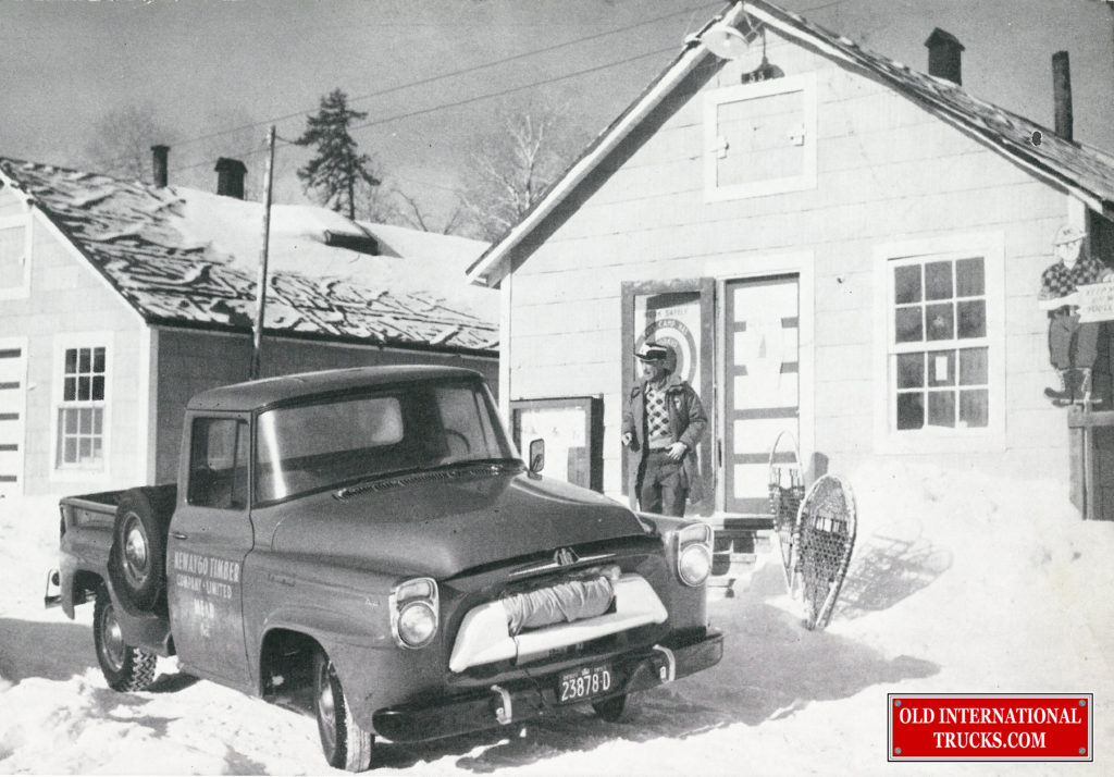"1957 A-100 half ton <div class=""download-image""><a href=""https://oldinternationaltrucks.com/wp-content/uploads/2017/12/1957-A-100-model-in-the-snow.jpg"" download><i class=""fa fa-download""></i> <span class=""full-size""></span></a></div>"