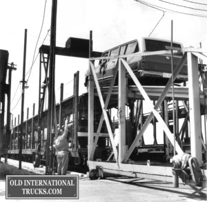 "1969 travelall being driven on a rail car spring feild ohio <div class=""download-image""><a href=""https://oldinternationaltrucks.com/wp-content/uploads/2017/12/1969-travelall-being-driven-on-a-rail-car-spring-feild-ohio.jpg"" download><i class=""fa fa-download""></i> <span class=""full-size""></span></a></div>"