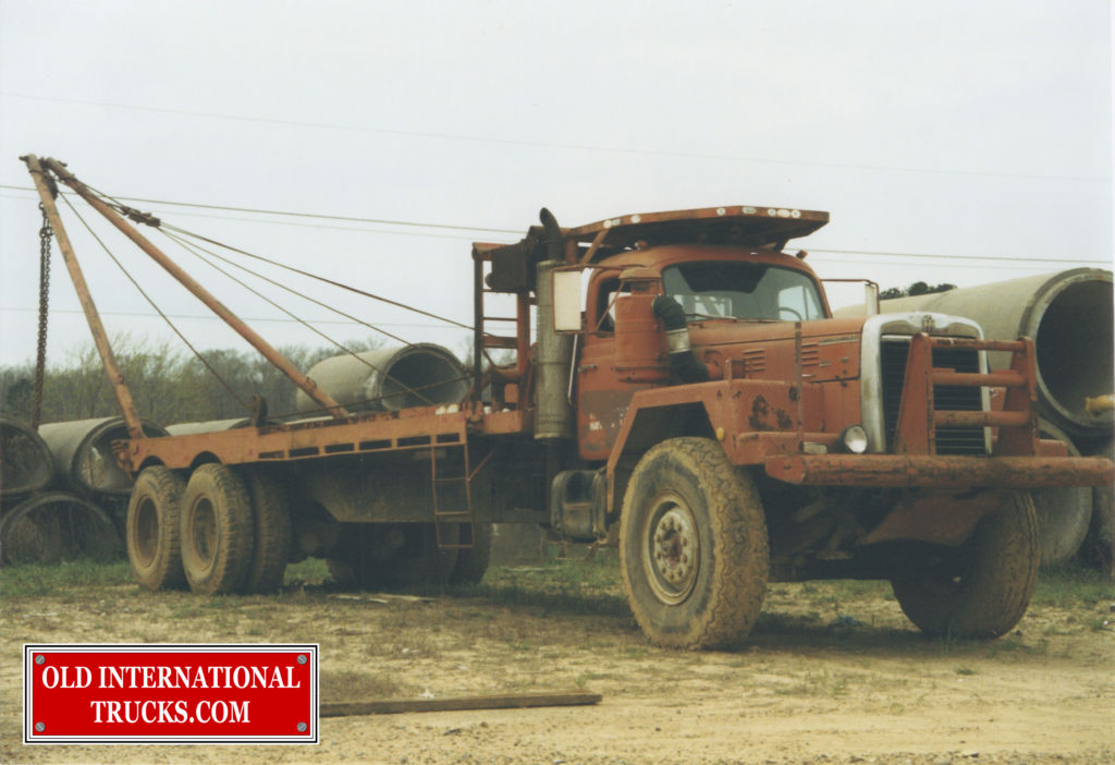 "1960'S F-230-D OIL FIELD BED TRUCK <div class=""download-image""><a href=""https://oldinternationaltrucks.com/wp-content/uploads/2017/12/7-18-2014-1.jpg"" download><i class=""fa fa-download""></i> <span class=""full-size""></span></a></div>"