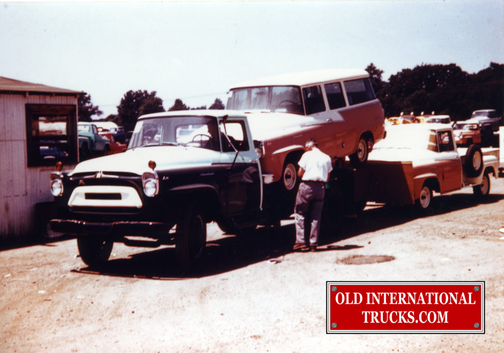 "1957 A-160  decked with a new 1957 a-100 travelall <div class=""download-image""><a href=""https://oldinternationaltrucks.com/wp-content/uploads/2017/12/img116-2.jpg"" download><i class=""fa fa-download""></i> <span class=""full-size""></span></a></div>"