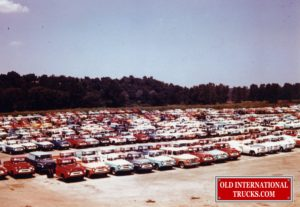 "1957 Springfield Ohio new truck shipping yard. <div class=""download-image""><a href=""https://oldinternationaltrucks.com/wp-content/uploads/2017/12/img117.jpg"" download><i class=""fa fa-download""></i> <span class=""full-size""></span></a></div>"