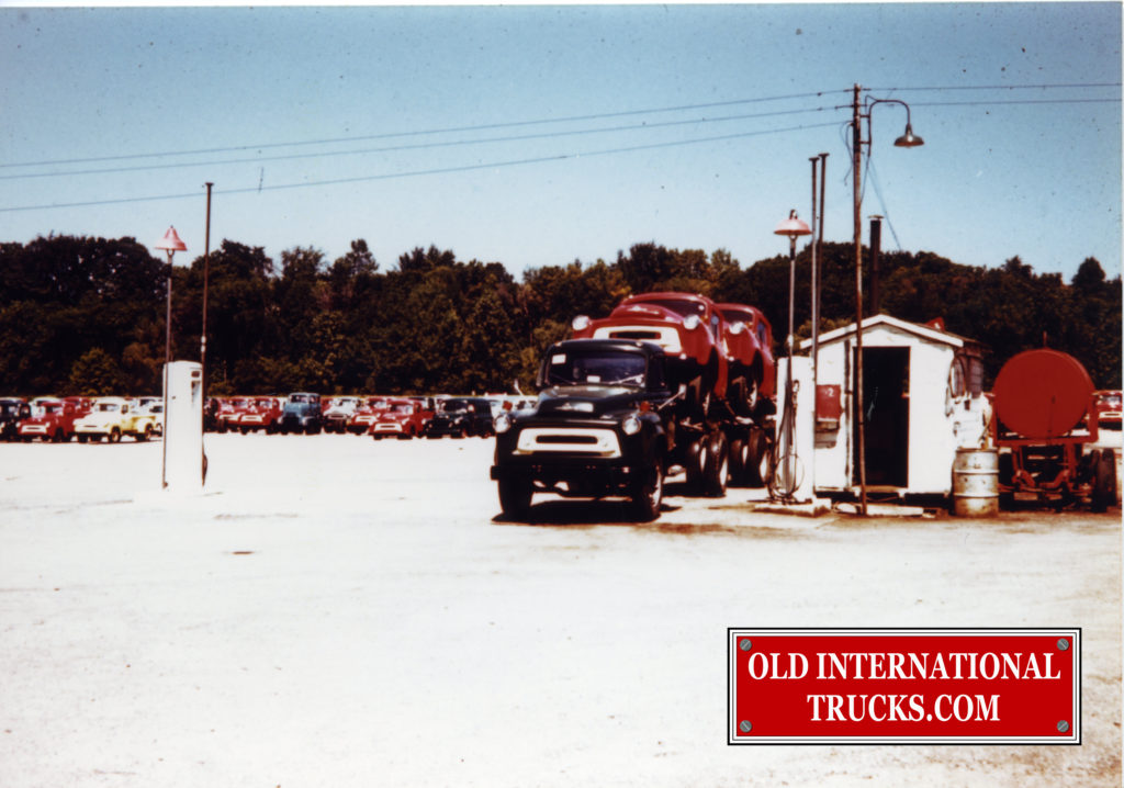 "1956 SPRINGFIELD OHIO SHIPPING YARD, LEAVING THE YARD.  <div class=""download-image""><a href=""https://oldinternationaltrucks.com/wp-content/uploads/2017/12/img119-1.jpg"" download><i class=""fa fa-download""></i> <span class=""full-size""></span></a></div>"