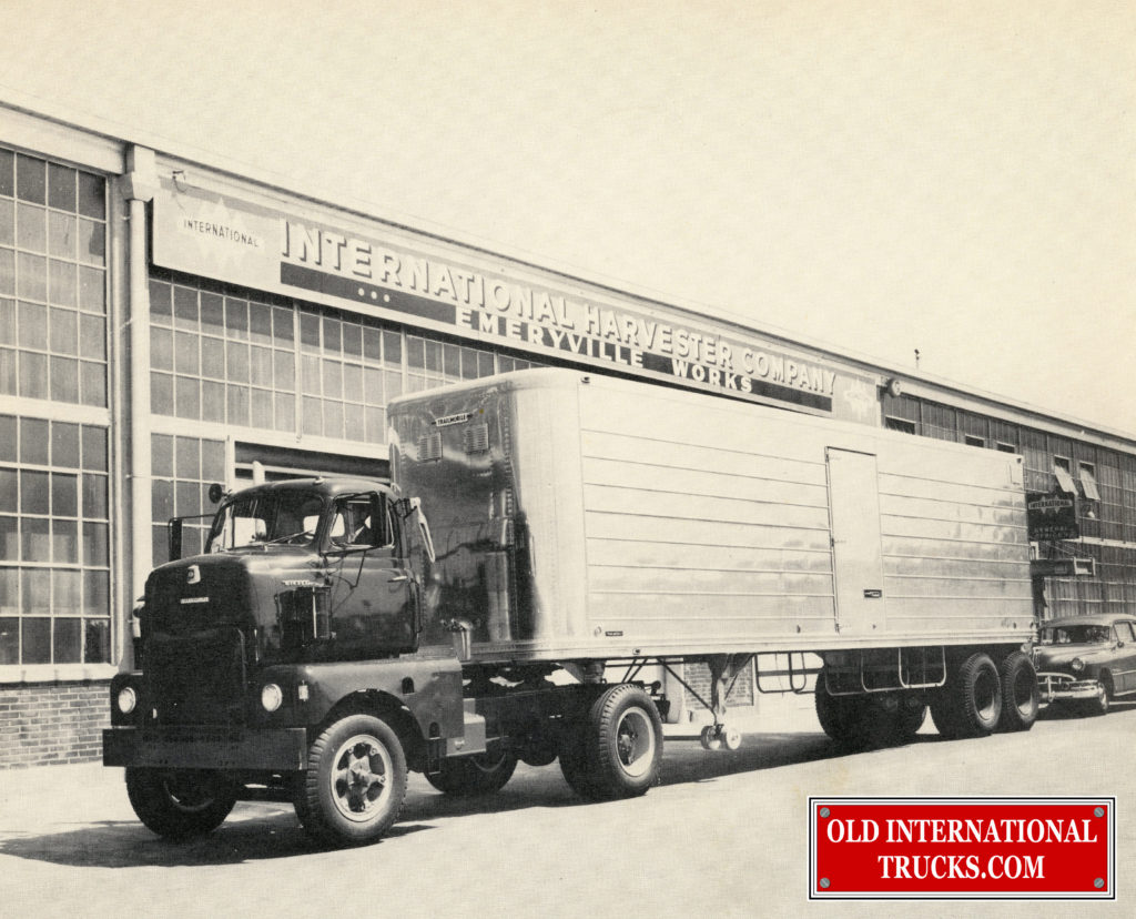 "1952 LCD-405  <div class=""download-image""><a href=""https://oldinternationaltrucks.com/wp-content/uploads/2017/12/img203.jpg"" download><i class=""fa fa-download""></i> <span class=""full-size""></span></a></div>"