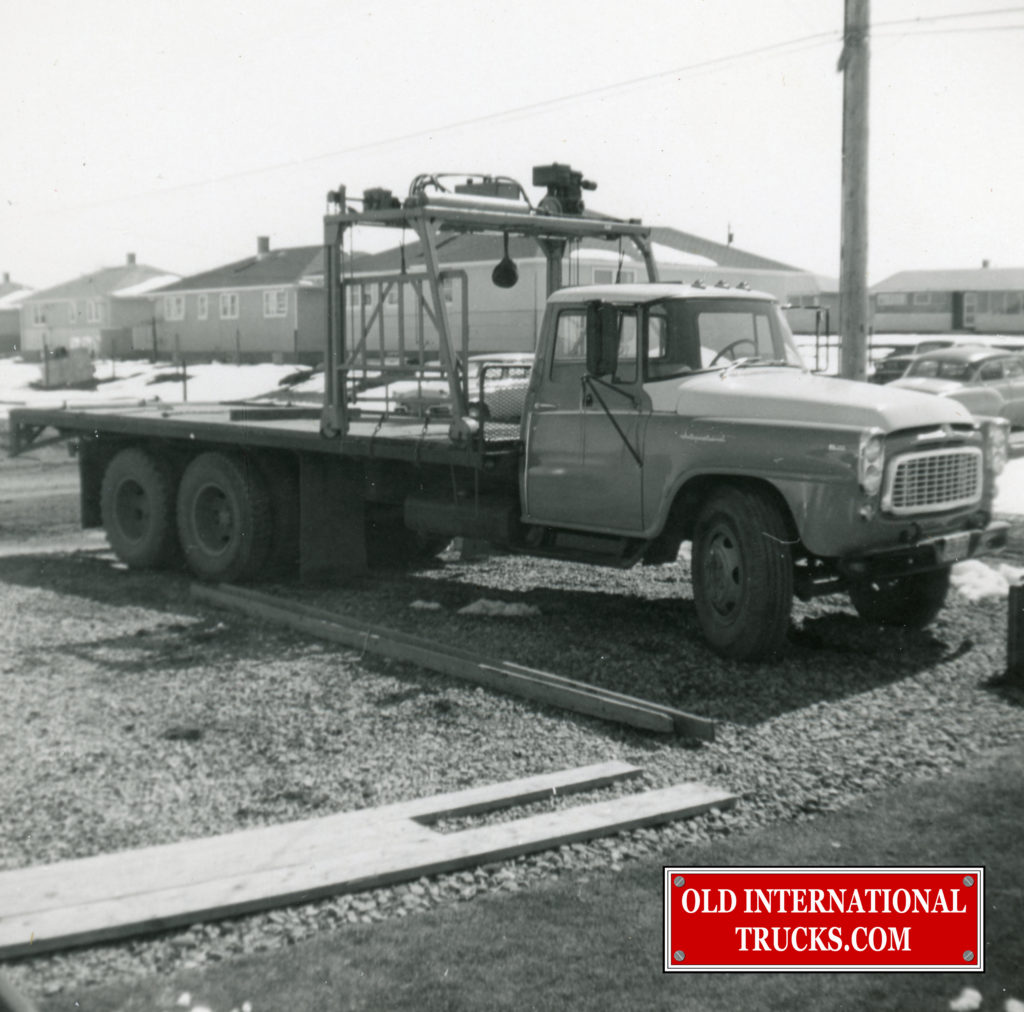 1961 B174 with tag axle