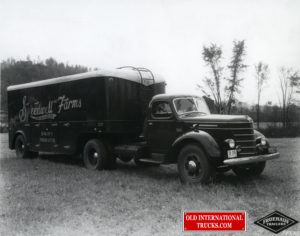 "1939 D50 with Fruehauf trailer <div class=""download-image""><a href=""https://oldinternationaltrucks.com/wp-content/uploads/2017/12/img554.jpg"" download><i class=""fa fa-download""></i> <span class=""full-size""></span></a></div>"