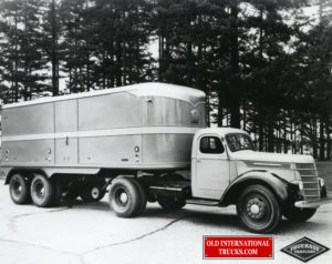 "1939 D50 with Fruehauf trailer <div class=""download-image""><a href=""https://oldinternationaltrucks.com/wp-content/uploads/2017/12/img555.jpg"" download><i class=""fa fa-download""></i> <span class=""full-size""></span></a></div>"