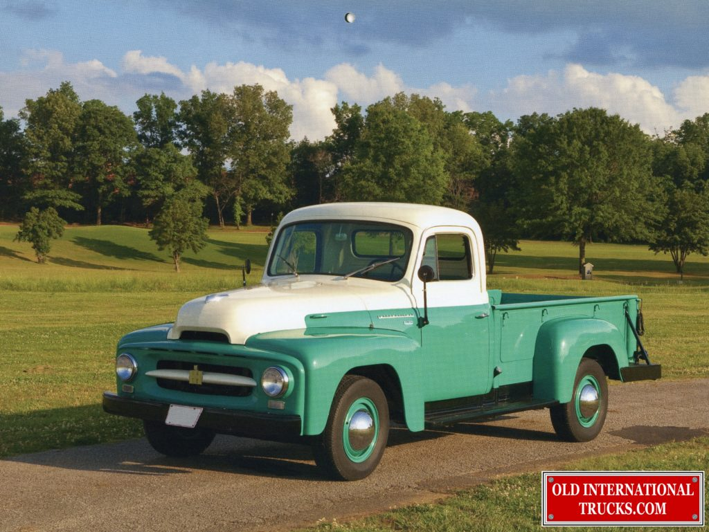 "1955 R-120 3/4 TON PICK UP <div class=""download-image""><a href=""https://oldinternationaltrucks.com/wp-content/uploads/2017/12/img944.jpg"" download><i class=""fa fa-download""></i> <span class=""full-size""></span></a></div>"