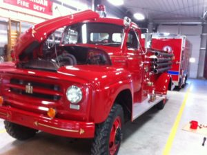 "SHERIDAN FD. R160 1954 <div class=""download-image""><a href=""https://oldinternationaltrucks.com/wp-content/uploads/2018/01/SHERIDAN-FD.-R160-1954.jpg"" download><i class=""fa fa-download""></i> <span class=""full-size""></span></a></div>"