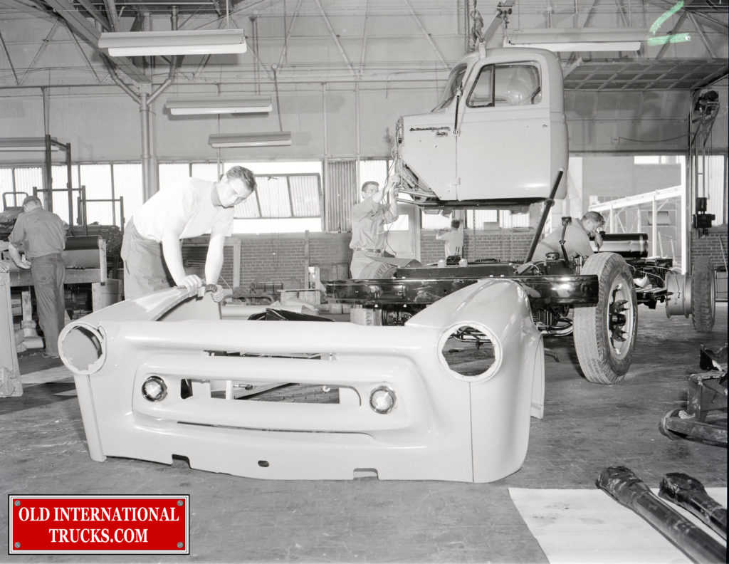 "1956 Chatham Plant <div class=""download-image""><a href=""https://oldinternationaltrucks.com/wp-content/uploads/2018/04/1956-CHATHAM-3.jpg"" download><i class=""fa fa-download""></i> <span class=""full-size""></span></a></div>"