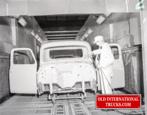 "1956 Chatham Paint booth for cabs  <div class=""download-image""><a href=""https://oldinternationaltrucks.com/wp-content/uploads/2018/04/1956-CHATHAM-PAINT-BOOTH-FOR-CABS.jpg"" download><i class=""fa fa-download""></i> <span class=""full-size""></span></a></div>"