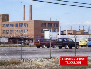 "1980 Scout Factory Yard <div class=""download-image""><a href=""https://oldinternationaltrucks.com/wp-content/uploads/2018/04/1980-SCOUT-FACTORY-YARD.jpg"" download><i class=""fa fa-download""></i> <span class=""full-size""></span></a></div>"
