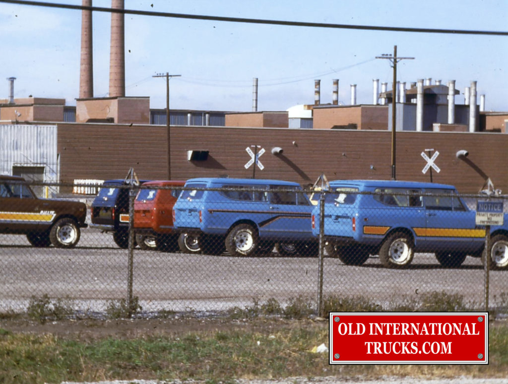 "1980 Scouts Outside of Fort Wayne Factory <div class=""download-image""><a href=""https://oldinternationaltrucks.com/wp-content/uploads/2018/04/1980-SCOUTS-OUSIDE-FORT-WAYNE-FACTORY.jpg"" download><i class=""fa fa-download""></i> <span class=""full-size""></span></a></div>"