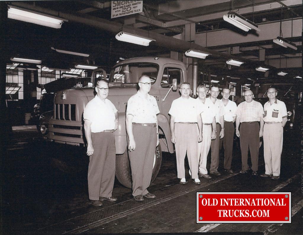 "Production team Fort Wayne 1957 <div class=""download-image""><a href=""https://oldinternationaltrucks.com/wp-content/uploads/2018/04/PRODUCTION-TEAM-FORT-WAYNE-1957.jpg"" download><i class=""fa fa-download""></i> <span class=""full-size""></span></a></div>"