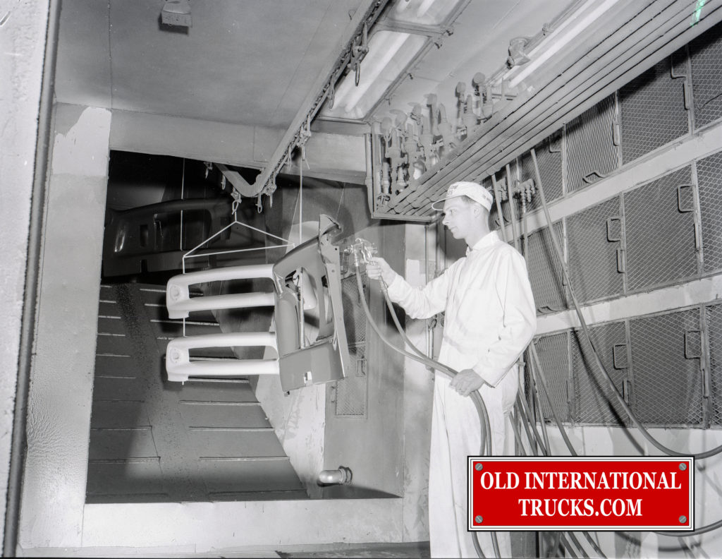 "1956 Chatham paint booth <div class=""download-image""><a href=""https://oldinternationaltrucks.com/wp-content/uploads/2018/04/i1956-CHATHAM-PAINT-BOOTH-.jpg"" download><i class=""fa fa-download""></i> <span class=""full-size""></span></a></div>"