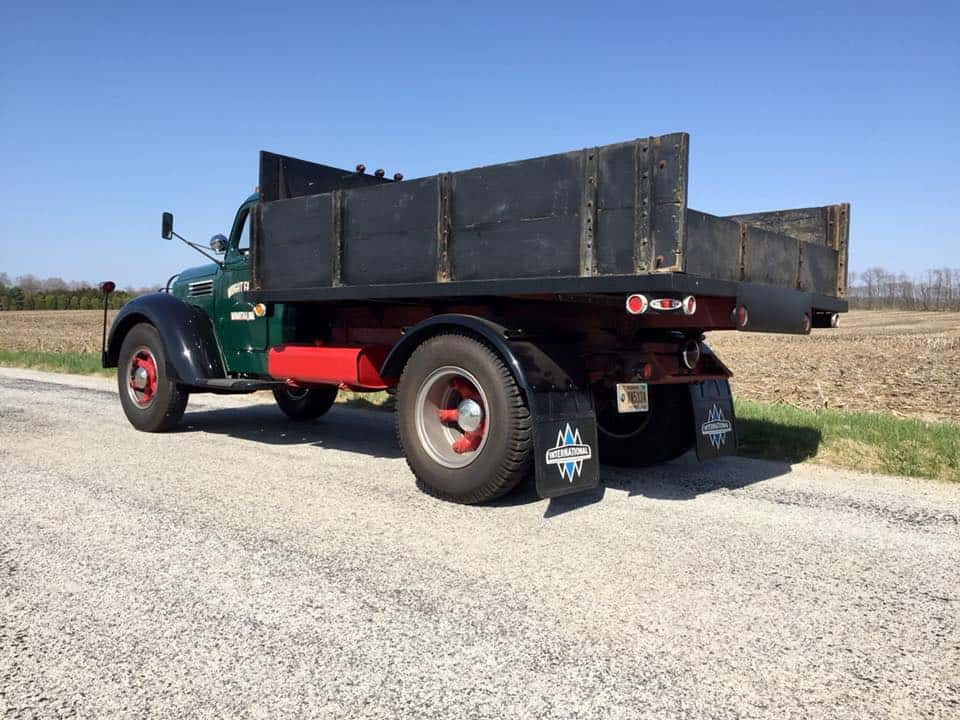 """Jeff Wrights KBS-7 From Indiana. Triple Diamond Mudflaps <div class=""""download-image""""><a href=""""https://oldinternationaltrucks.com/wp-content/uploads/2018/05/31647961_10209801006696819_5495500810890510336_n.jpg"""" download><i class=""""fa fa-download""""></i> <span class=""""full-size""""></span></a></div>"""
