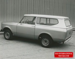 "1971 scout II preproduction they where going to use model 810 as the name for them but changed to SCOUT II <div class=""download-image""><a href=""https://oldinternationaltrucks.com/wp-content/uploads/2019/02/6-19-2014-12.jpg"" download><i class=""fa fa-download""></i> <span class=""full-size""></span></a></div>"