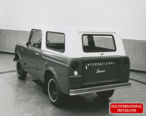 "scout prototype note different windows and logos, rear roof angle. <div class=""download-image""><a href=""https://oldinternationaltrucks.com/wp-content/uploads/2019/02/6-19-2014-8.jpg"" download><i class=""fa fa-download""></i> <span class=""full-size""></span></a></div>"