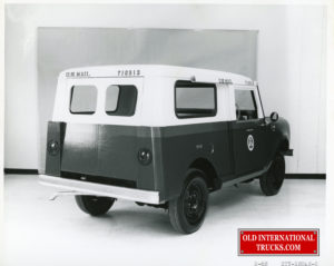 "USA post office  prototype scout rear view <div class=""download-image""><a href=""https://oldinternationaltrucks.com/wp-content/uploads/2019/02/img992-2.jpg"" download><i class=""fa fa-download""></i> <span class=""full-size""></span></a></div>"
