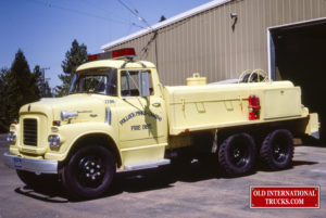 "1960 BCF170 TANKER <div class=""download-image""><a href=""https://oldinternationaltrucks.com/wp-content/uploads/2019/08/1960-BCF170-TANKER.jpg"" download><i class=""fa fa-download""></i> <span class=""full-size""></span></a></div>"